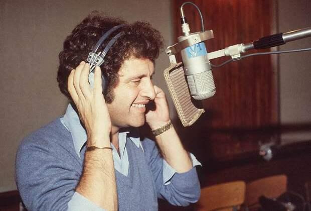 Джо Дассен на записи очередного альбома. | Фото: im8.kommersant.ru.