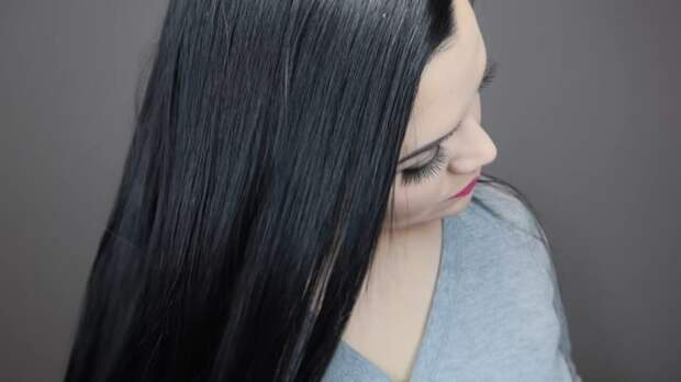 Эффективная маска для волос, которая сделает их красивыми и здоровыми