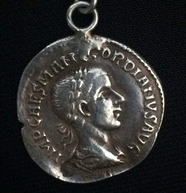 Неизвестная монета (для меня), оборотная сторона...
