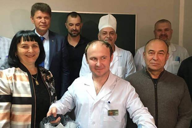 Группа кунгурских предпринимателей передала в дар Кунгурской больнице медицинскую электродрель