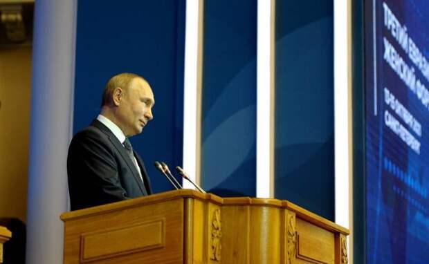 В Прибалтике взволнованы вопросом о том, останется ли Владимир Путин президентом России после 2024 года