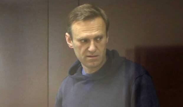 Песков о деле Навального: Оскорблять ветеранов нельзя