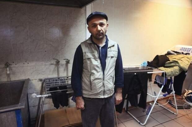 Наследие 90-ых: Как живут нелегальные трудовые мигранты в России