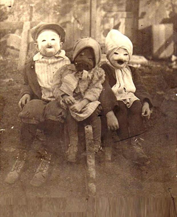 Самые жуткие ретро-костюмы на Хэллоуин!