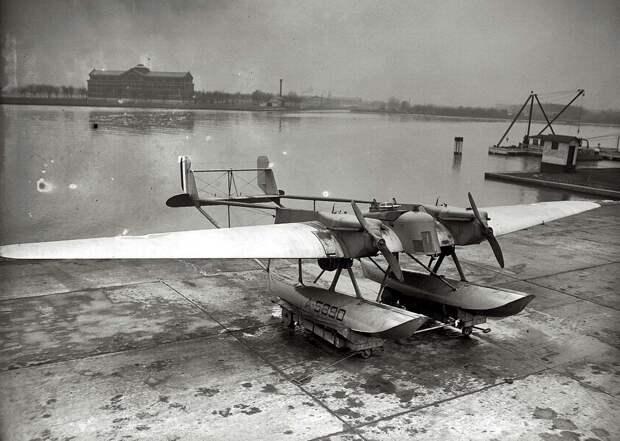Самолеты и пилоты начала 20-го века на снимках американских фотографов (22)