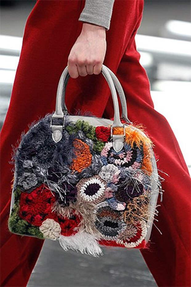 Сумка с цветочной апликацией от Rodarte (фото)