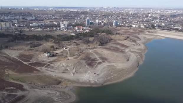 Паводковые воды могут полностью заменить перекрытый Северо-Крымский канал