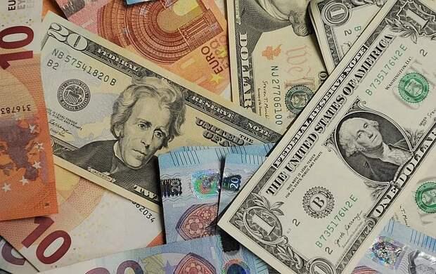Аналитики раскрыли число банковских клиентов-миллионеров в России