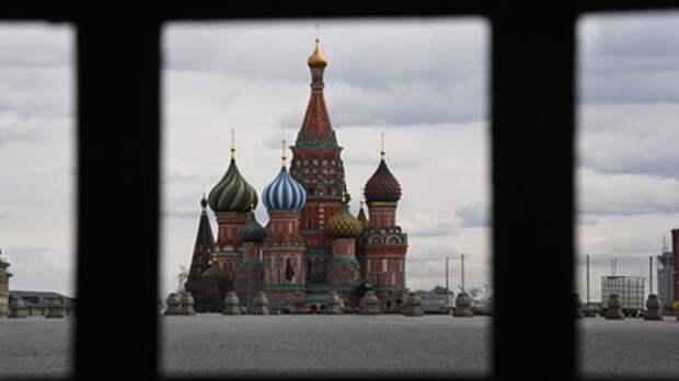 Песков напомнил, кто спас Россию от американского сценария с коронавирусом