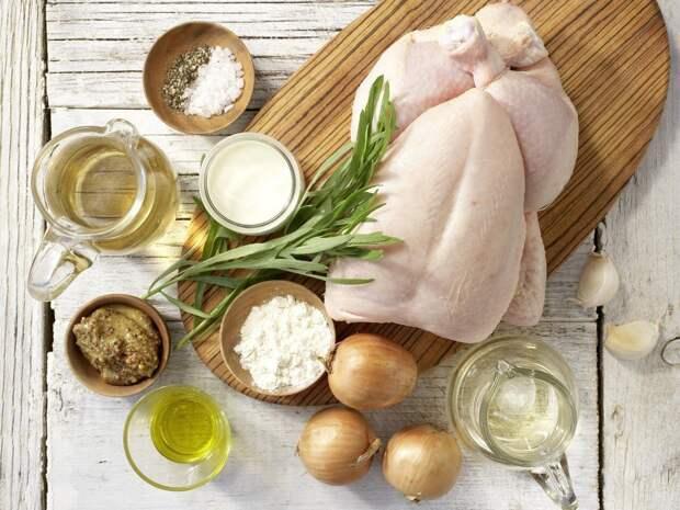 Тушеная курица по-французски: с горчицей и эстрагоном