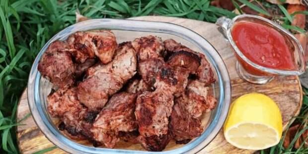 Шашлык из баранины в томатном маринаде. Мясо получается сочным и не жирным 4