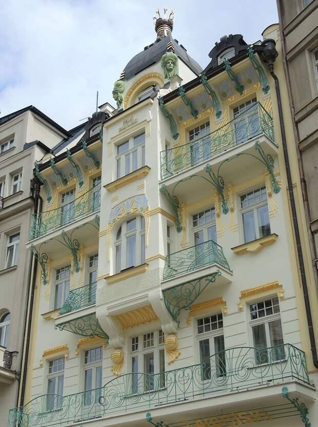 """Карловы Вары. Дом-балкон (дом """"Завойски"""")"""
