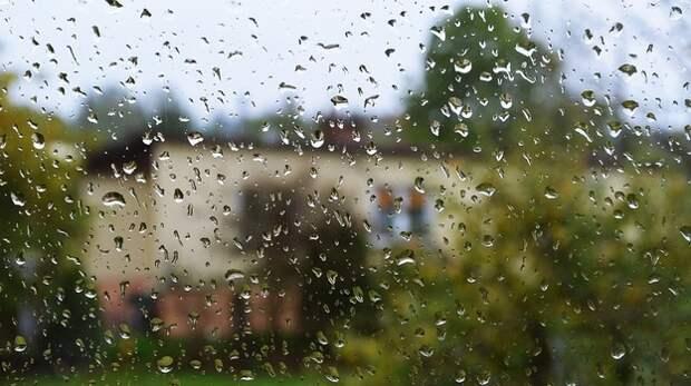 На Крым надвигается сильный ливень и крупный град