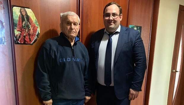 Председатель спорткомитета Подольска поздравил Владислава Ивлева с 80‑летием