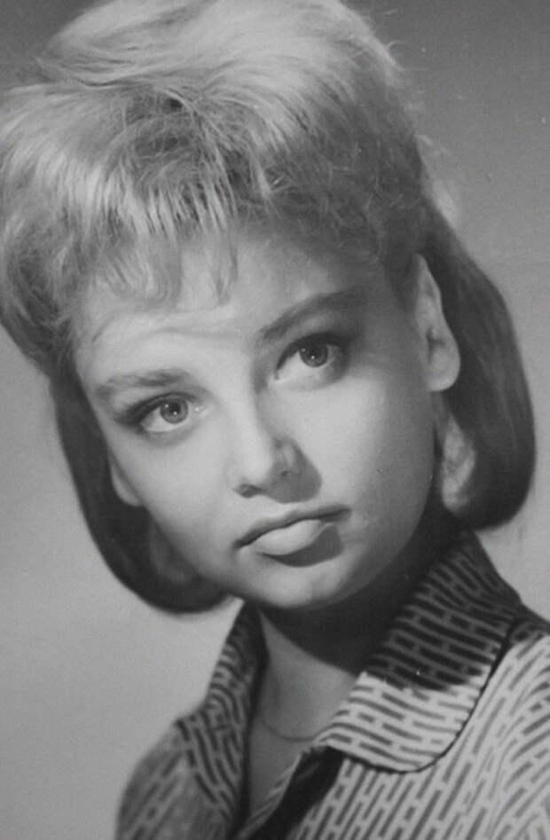 Одна из самых красивых актрис советского кино 60-80-х годов. | Фото: reactor.cc/.