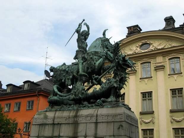 Необычные статуи мира