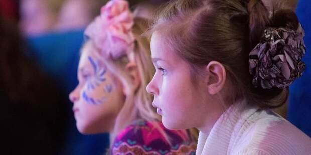 Москва и Петербург запустят туристические программы для детей