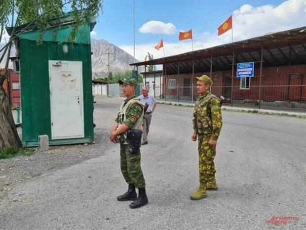 «Ждите 3 миллиона беженцев». Чем грозит России война киргизов и таджиков?
