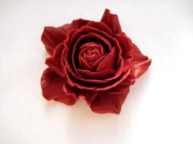 Прекрасные цветы из кожи. Мастер класс
