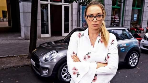 Каршеринг-компания заставляет девушку выплатить €10000 компенсации за ДТП, которое спровоцировала не она