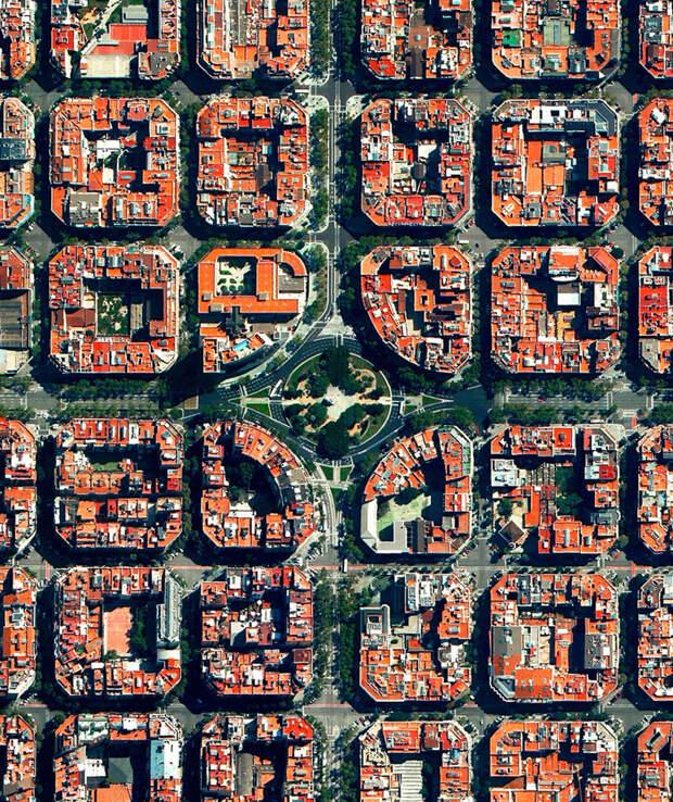 14. Площадь Тетуан, Эшампле, Барселона, Испания фото со спутника, фотограф Бенджамин Грант, фотографии