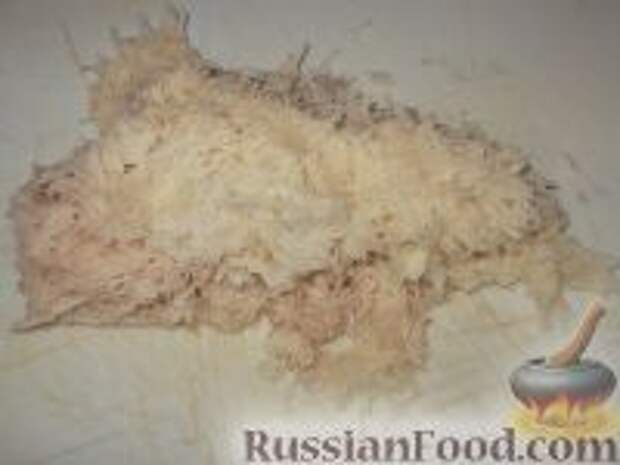 Фото приготовления рецепта: Картофельно-куриные оладьи - шаг №5