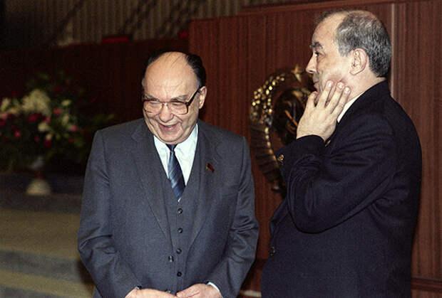 Александр Яковлев: у высших кругов партии было желание ликвидировать СССР и социализм