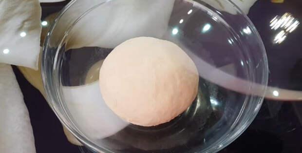 Простой способ приготовить красивые булочки с помощью простого бокала