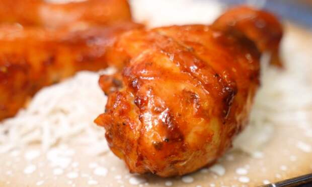 Курицу запекаю в таком классном маринаде. Получается обалденно вкусные куриные ножки в духовке