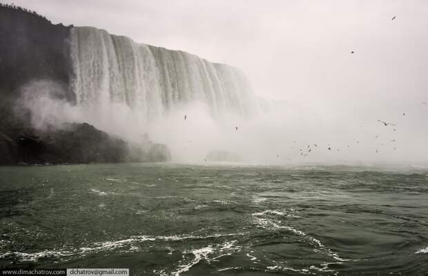 Niagaraoutside07 Ниагарский водопад. Вид изнутри