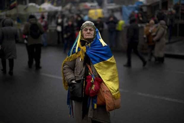 Украина: любопытно, как долго можно издеваться над огромным количеством людей и чем это все закончится?