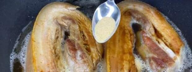Рецепт обалденного блюда из свиной грудки. Мясо прямо тает во рту