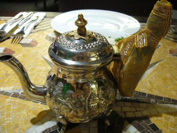 7. Объединенные Арабские Эмираты. 189 кг на душу населения 10 стран, где пьют больше всего чая