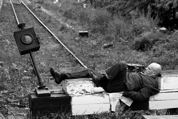 zhizn-pojmannaya-vrasploh-snimki-legendarnogo-sovetskogo-fotozhurnalista-quibbll-17