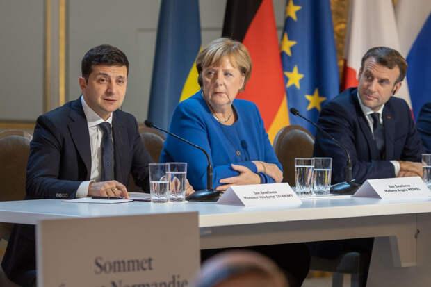 Меркель и Макрон начали реагировать на «резкость» обиженного Зеленского