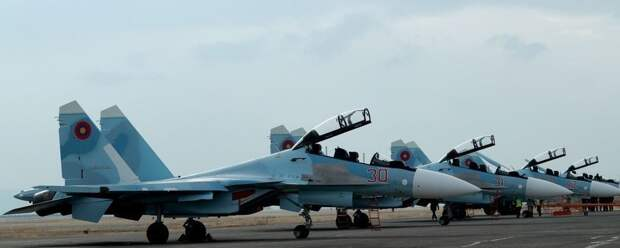 Полученные ВВС Армении первые четыре истребителя Су-30СМ