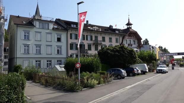 Швейцария приступила к третьему этапу смягчения коронавирусных ограничений