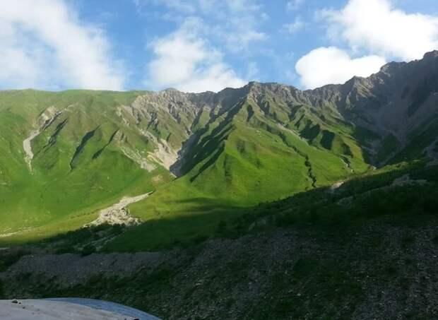 Южная Осетия сняла ограничения на границе с Россией