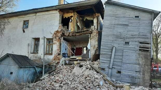 Стена жилого дома начала XIX века обрушилась под Вологдой