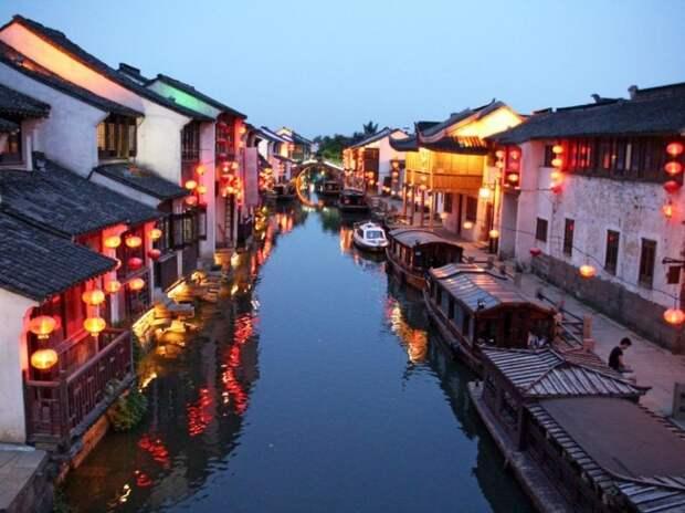 ТОП-7 самых красивых городов на каналах-12