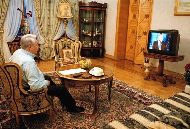Как Ельцин болел за Путина