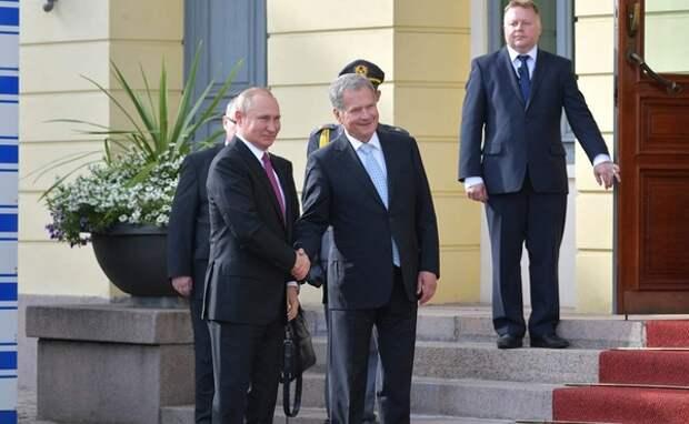 Посредником в переговорах по перевозке Навального выступил президент Финляндии