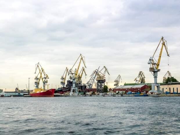 Прибалтам пора перестать наглеть: в РФ ужесточаются условия для прибалтийских компаний