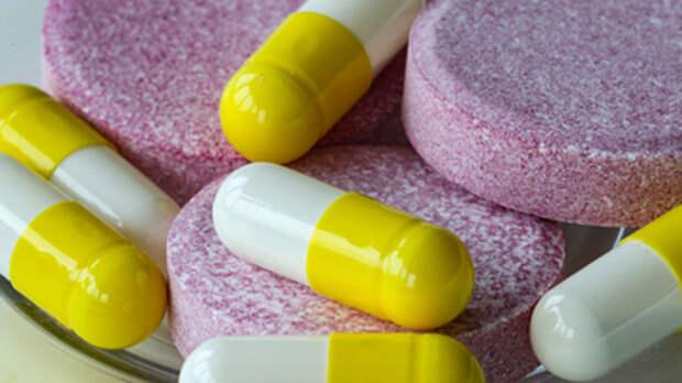 Врач объяснил, почему не стоит увлекаться обезболивающими при головной боли: Сделает лишь хуже