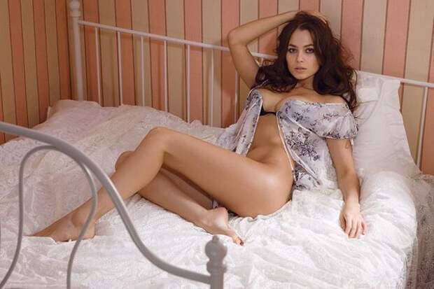 Актриса Юлия Снигирь ве всем своем великолепии.