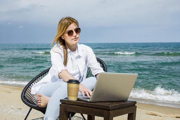 Абонент не отвечает: что делать, когда в отпуске одолевают коллеги с работы