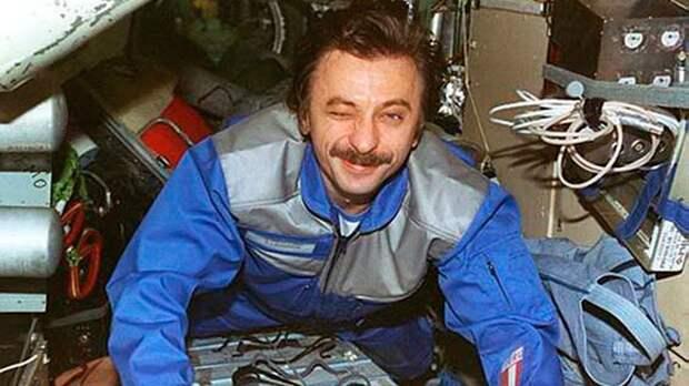 На грани жизни и смерти: как экипаж российских космонавтов пережил десятки аварий за один полет