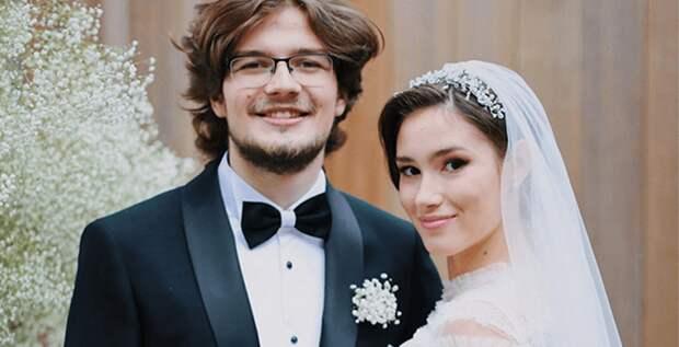 Дина Немцова развелась с мужем после года брака