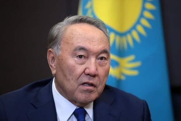 Время пришло: Назарбаев поручил подготовить указ о переходе на латинский алфавит