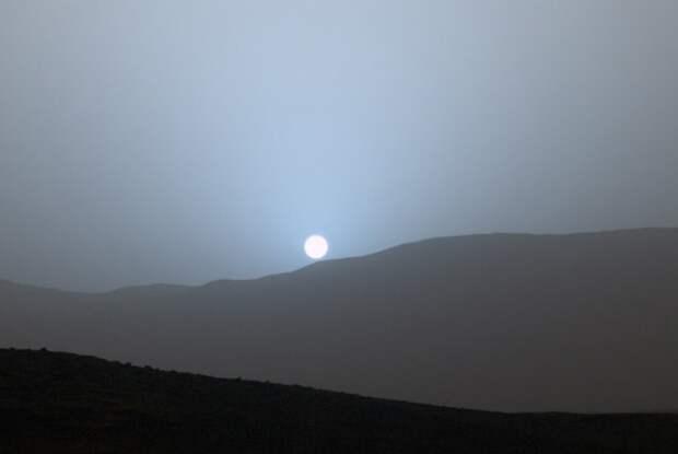 На Марсе голубой закат
